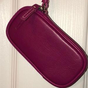 EUC Coach Wrist Bag in Fuchsia Leather
